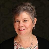 Headshot of Lisa Zimmaro